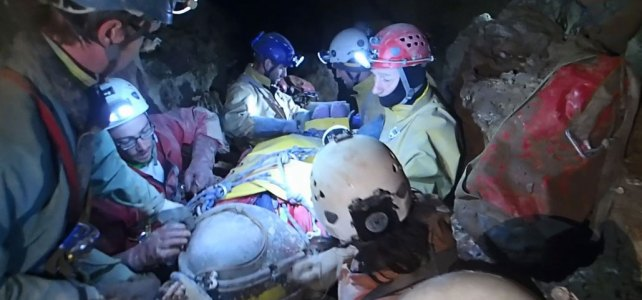 """Cave rescue in the """"big thing"""" – Videos and more info"""