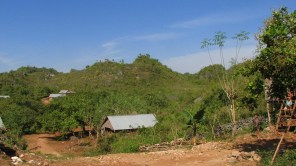 Perbukitan karst di Muna, Sulawesi Tenggara