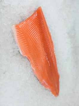 Fresh Salmon Fillet Skin On