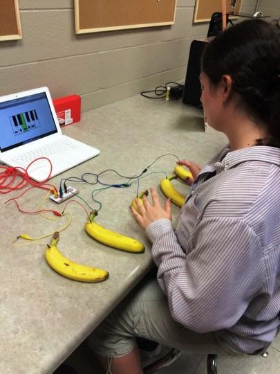 makey-makey-banana-piano