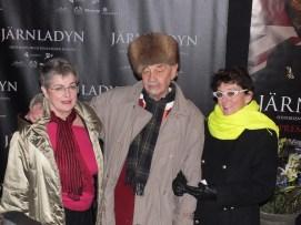 Yvonne Lombard med vänner
