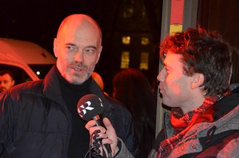 Niklas Hjulström gör en intervjuv