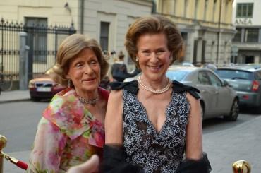 Duchess Christina D'Otrante med sällskap