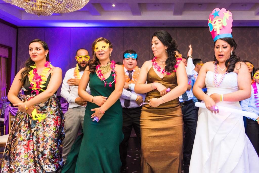 Rifa del Ramo - Concurso de coreografia   Fotografia bodas Bogotá