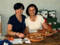 Cordero asado en las Bodegas Blas y Serrano: excelente vino y buenos amigos
