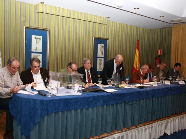 images_wonke_actualidad_federaciones_enero_2014_20140124_elecciones_rfec_2