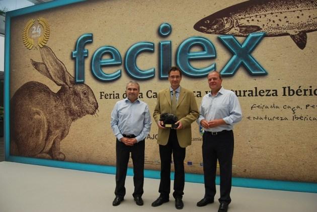 Monago visita FECIEX (2)