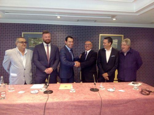 quiles felicitando a seguí nuevo presidente federación de la comunidad valenciana