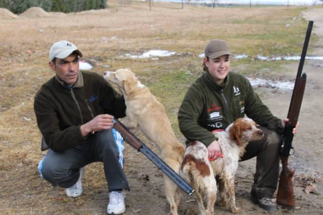 Del Campo y Verdasco, con sus perros antes de la entrega de premios.