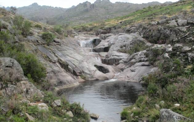 xures abril paisaje galicia