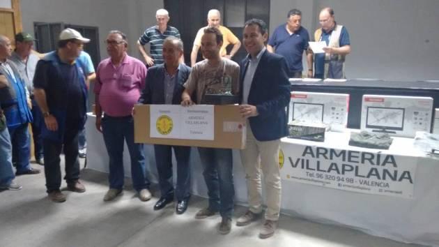 Carlos Salanova, campeón autonómico senior XV Campeonato Autonómico de Palomas a Brazo