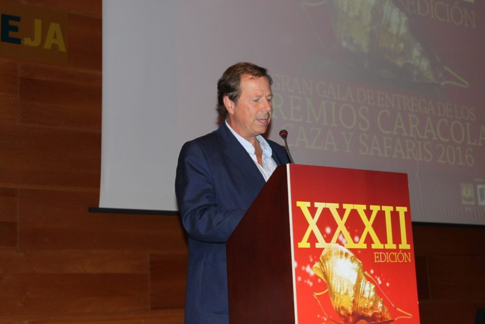 Ramón Estalleja pronunció unas emotivas palabras en homenaje a Mario Migueláñez.