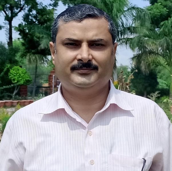 Shri Praveen Kumar Tomar