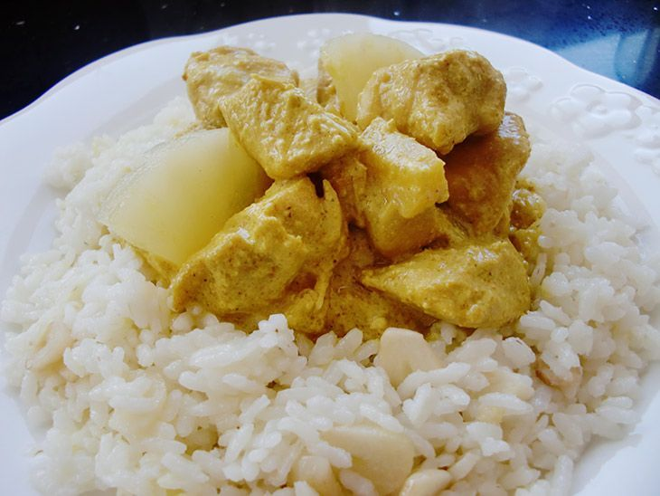 POLLO-AL-CURRY