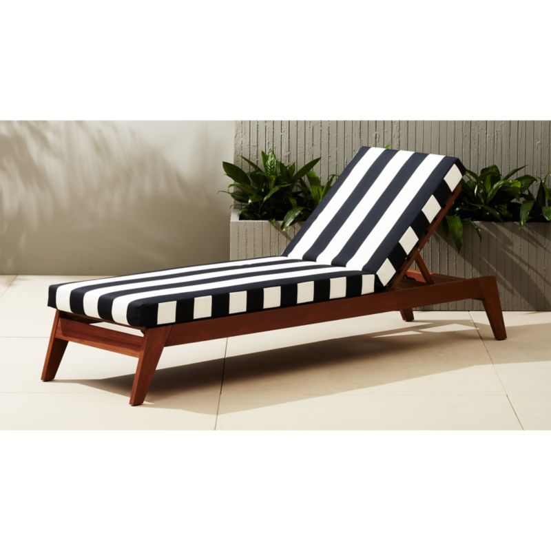Filaki Black And White Striped Chaise Lounge + Reviews