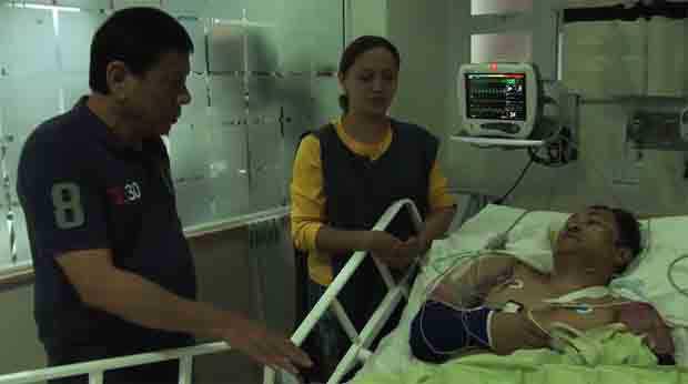 2016_0904_rodrigo-duterte-visits-bomb-victims