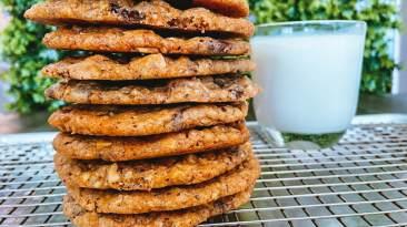 Dr. Igor's Kitchen Sink Hemp Heart Cookies Recipe