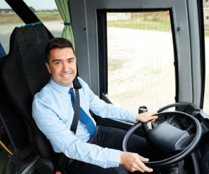 Motorista de ônibus coletivo