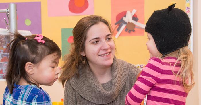 Rachael and children in Doobim classroom