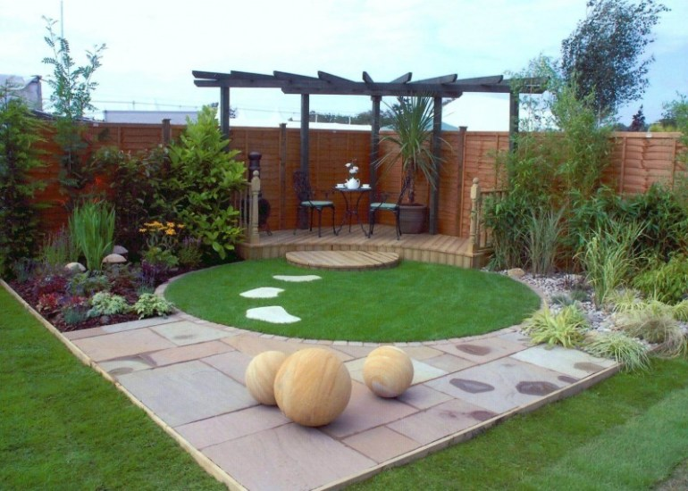 small garden decking design ideas