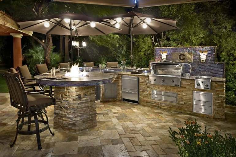20+ Outdoor Kitchen Design and Ideas that Will Blow Your Mind on small backyard ideas deck, small room ideas with kitchen, small remodel with kitchen,