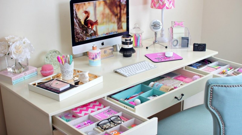 30 fun creative diy desk organizer ideas to make your desk cute. Black Bedroom Furniture Sets. Home Design Ideas