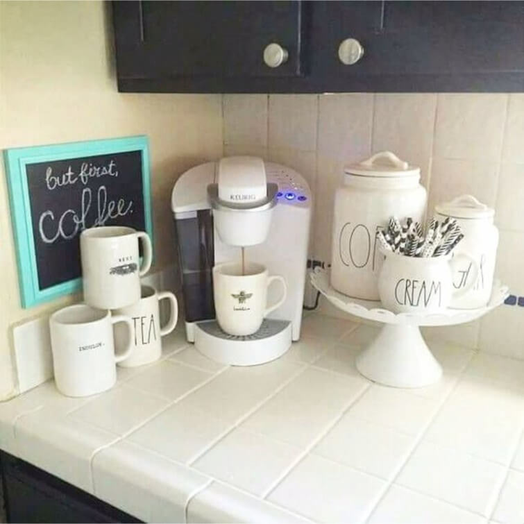 (For All Coffee Lovers) 20+ Charming Coffee Station Ideas ...