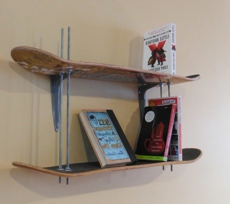 DIY Skateboard Bookshelf
