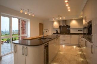 H373 The Bickerton Kitchen Windows