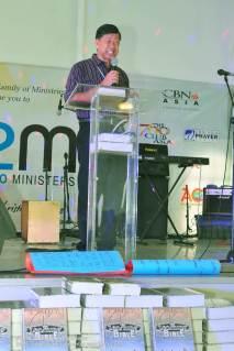 Pastor Gene de Leon