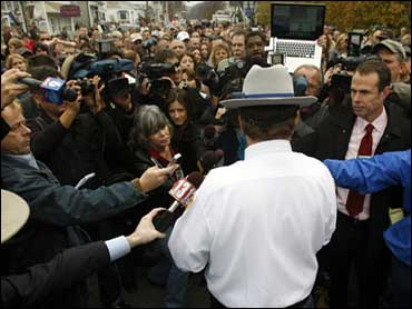 School Hostage Drama - Photo 1 - Pictures - CBS News