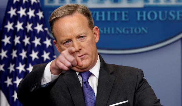 Sean Spicer reports to Pentagon for Navy Reserve duty ...