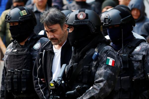 Mexico captures Sinaloa cartel leader Damaso Lopez - CBS News