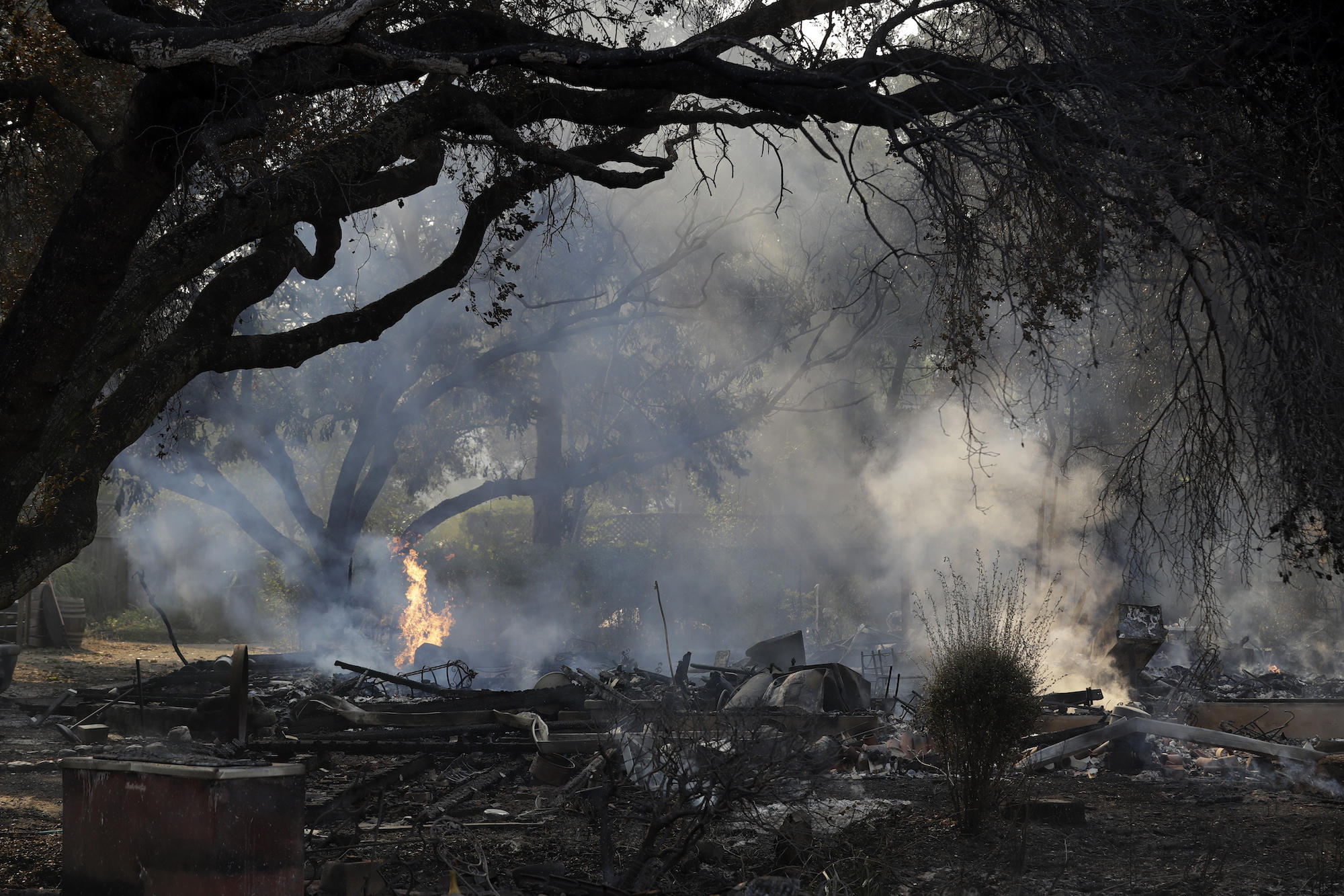 Officials Say They Re Finally Getting The Upper Hand Against Calif Wildfires