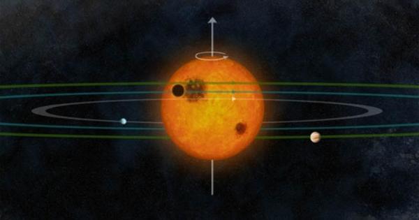 Alien solar system looks a lot like our own - CBS News