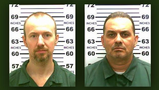 David sudor, a la izquierda, y Richard Matt se ven en esta combinación de fotos proporcionadas por la Policía de Nueva York State 06 de junio 2015.