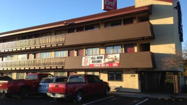 William Mattingly Charged In At Kentucky Red Roof Inn Cbs