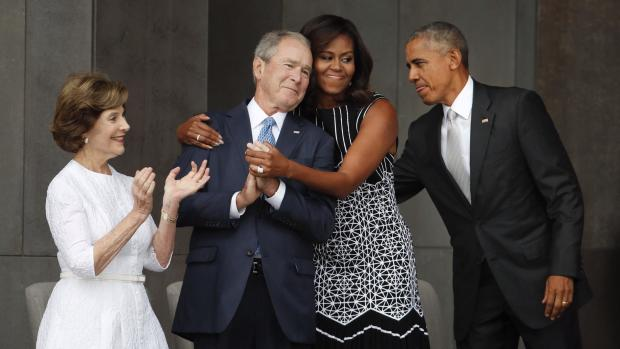 michelle-obama-george-w-bush-photo.jpg