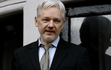 Feds consider charges against WikiLeaks and Julian Assange