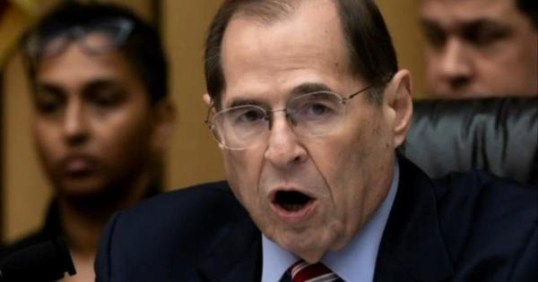 Democrats poised to issue subpoena for full Mueller report ...