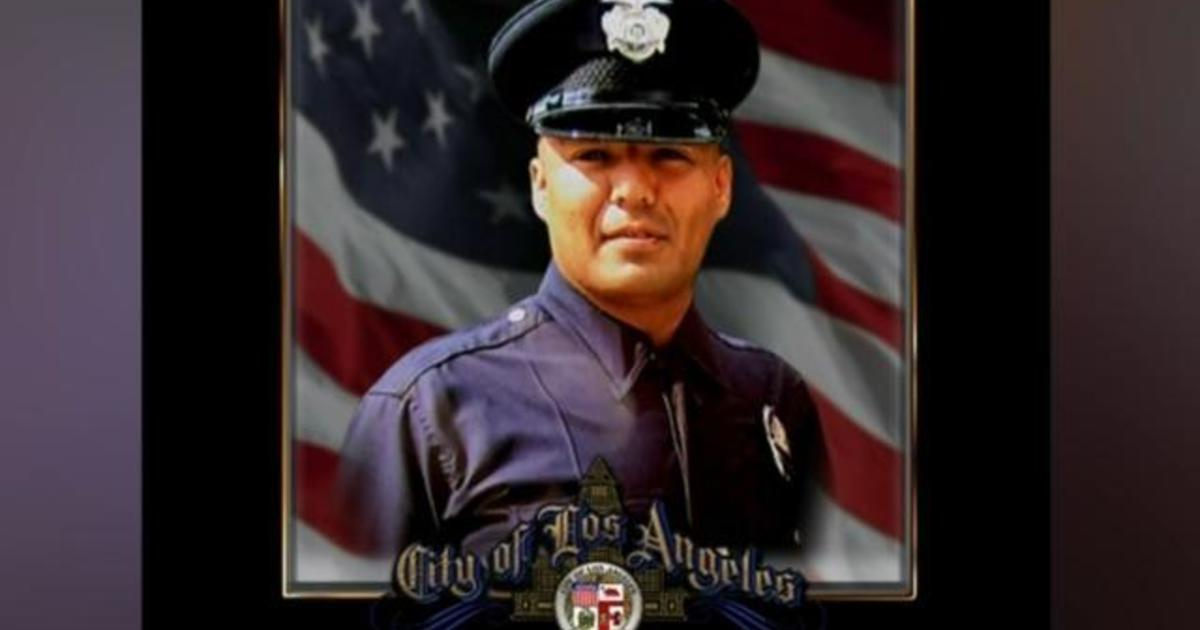 First  LAPD officer dies of Covid19 complications