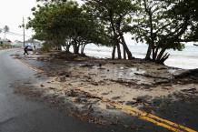 Hurricane Douglas Barely Misses Most of Hawaii