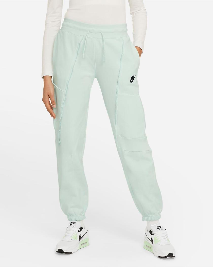 Nike Sportswear NSW joggers