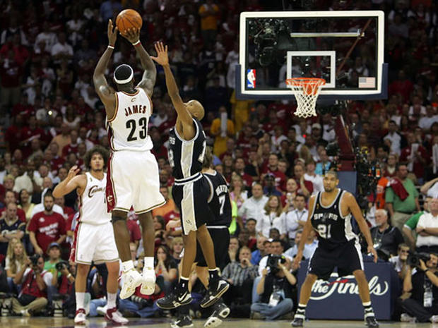 2007 NBA Finals Game Four Photo 1 Pictures CBS News