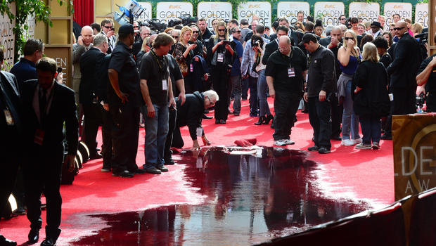 Golden Globes 2014: Part of red carpet flooded ahead of ...