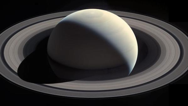 Saturn's rings captured in stunning photos - CBS News