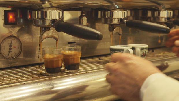 making-espresso-at-caffe-gambrinus-in-naples-620.jpg