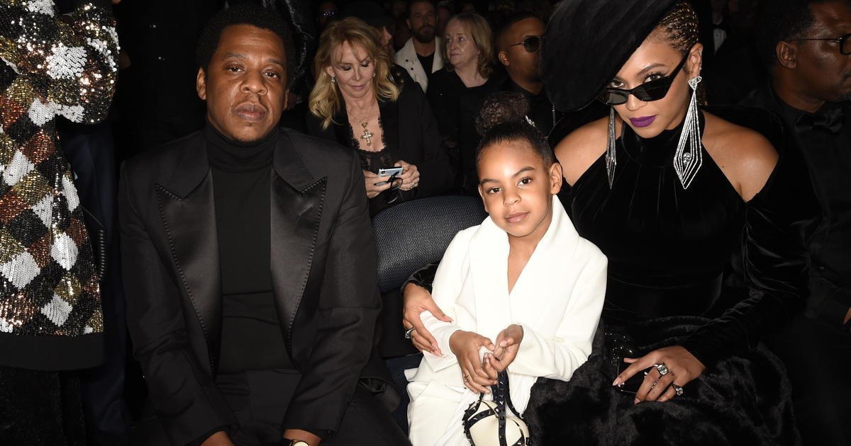 https buzznewspost com news usa beyonce and daughter blue ivy carter make history at the 63rd annual grammy awards