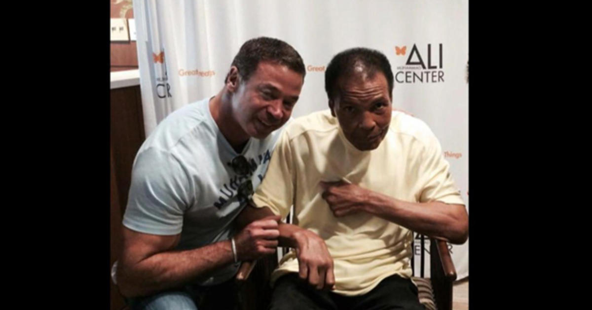 Muhammad Ali Friends Remember Final Days Of The Greatest