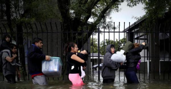 how houstons hospitals are coping with harvey cbs news - 960×540